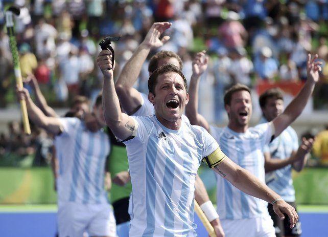 La selección argentina de hockey va por la medalla de oro.