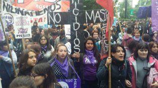 La convocatoria contra los femicidios fue masiva.