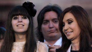 La expresidenta Cristina Fernández de Kirchner dijo que el juez Claudio Bonadío quiere mandar detener a su hija Florencia.