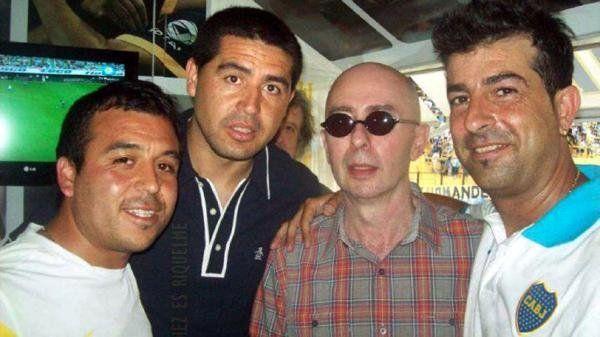 Una sola vez se cruzaron el Indio Solari y Riquelme y el encuentro quedó registrado en una foto que emociona a los hinchas de Boca.