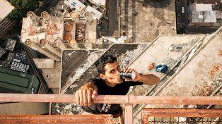 El venezolano que desafía a las alturas con total desparpajo