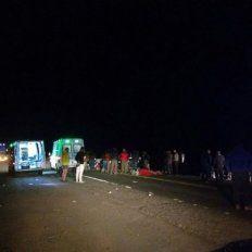 Tragedia en Mendoza:El micro venía muy rápido y derrapó dos veces antes de volcar