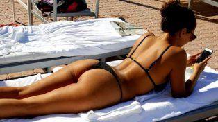 Barbie Vélez llamó la atención con sus curvas en la palya de Miami