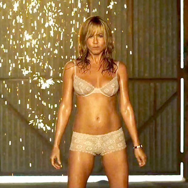 Cuánto dinero lleva gastado Jennifer Aniston en cirugías