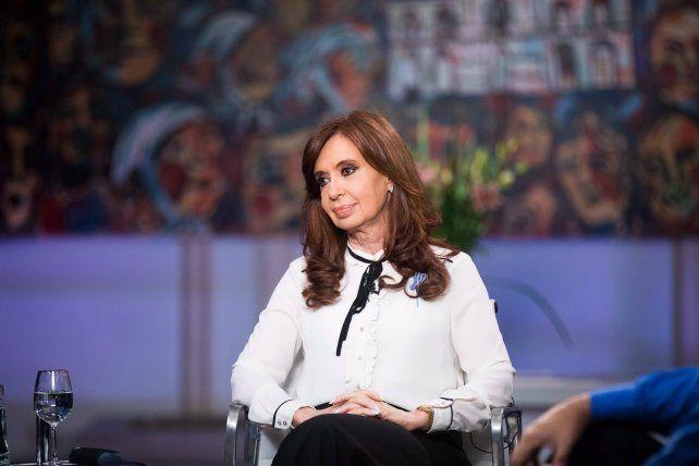 Cristina convocó al reagrupamiento del campo popular y nacional para que esto no se desmadre.