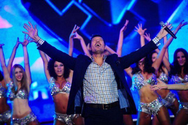 Tinelli puso en marcha la temperada 28ª de Show Match.