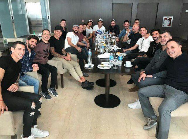 Los amigos de Messi compartieron la previa de la boda del año en el City Center