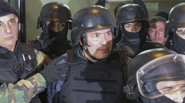 El exfuncionario kirchnerista José López fue apresado con bolsos conteniendo casi 9 millones de dólares.