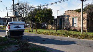 Vecinos de Italia y Brandoni fueron testigos del trágico siniestro ocurrido esta mañana.