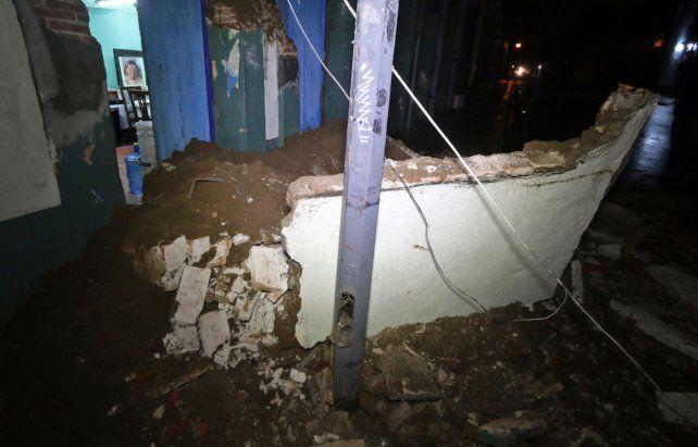 Confirman que ya son 58 los muertos por el fuerte terremoto de México