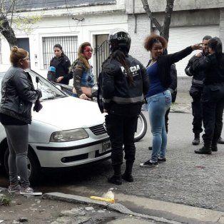 feroz ataque de una travesti a una prostituta en cercanias de la terminal de omnibus