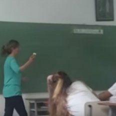 Una docente dijo en el aula que la homosexualidad es antinatural y una enfermedad