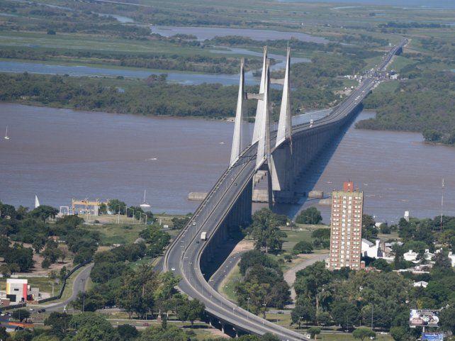Renuevan el reclamo de la doble traza del puente Victoria - Rosario