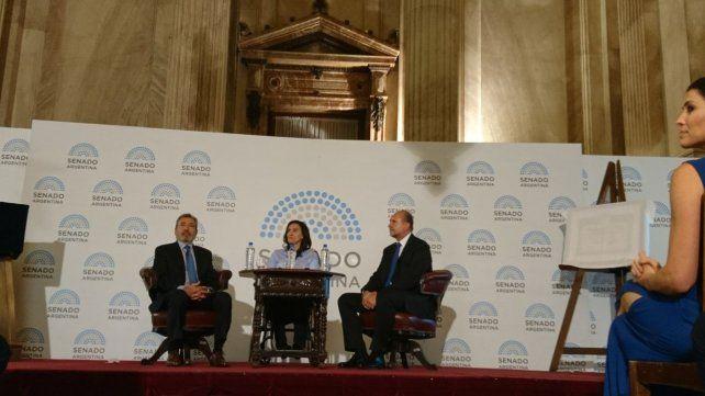 En una emotiva ceremonia, el Congreso de la Nación distinguió a La Capital por sus 150 años