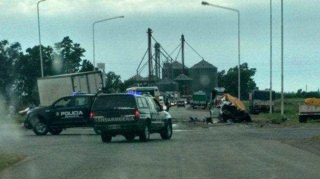Tres muertos al chocar una pickup y un camión en la ruta 34 cerca de San Genaro