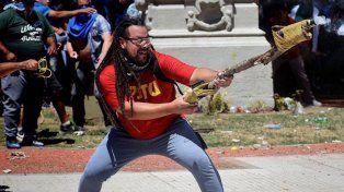 Reapareció hombre mortero y dijo que a Macri hay que sacarlo como a De la Rúa