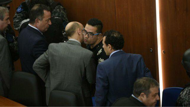 Ariel Cantero se retiró esposado del juicio.