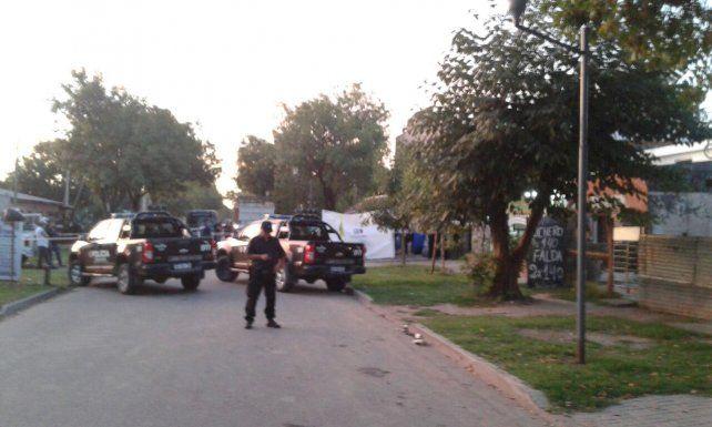 Tres personas fueron acribilladas a balazos en Granadero Baigorria
