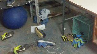 Les robaron botines y buscan ayuda para poder jugar