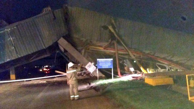 Un barco protagonizó un espectacular accidente sobre el río Paraná