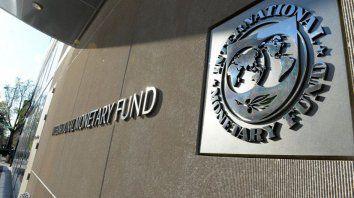 la historia de los acuerdos con el fmi: mas deuda y fuga de capitales