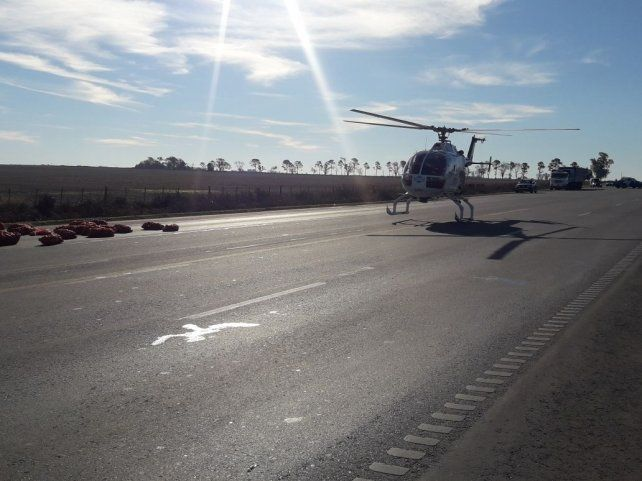 Tres muertos en un choque entre un camión con acoplado y un auto en la ruta A012