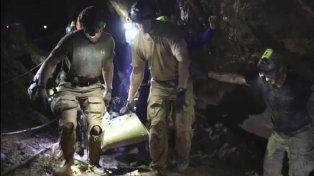 Difunden el primer video que muestra el rescate de Tailandia por dentro