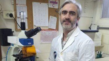 premian a un cientifico rosarino que estudia como afecta la yerba mate los huesos