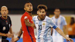 Vidal se burló de Messi y dijo que quedó con miedo tras la final Chile