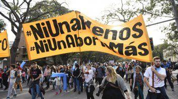 Pañuelos celestes. Militantes de grupos que rechazan el aborto.