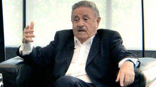Duhalde, furioso con el gobierno: Estamos revolcándonos en una cloaca