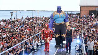 De todos los tamaños. Grandes y chicos se lucieron en un atractivo desfile en la Franja Joven.