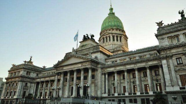 Palacio legislativo. Las sesiones continuarían en diciembre.