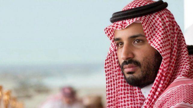 Ya llegó el príncipe de Arabia Saudita, denunciado por violación de los DD.HH