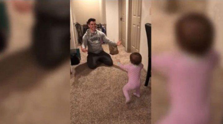 Un bebé dejó en ridículo a su padre y el video se volvió viral copy copy