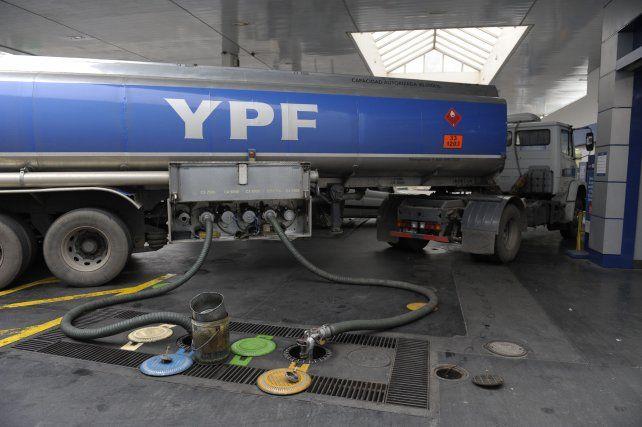YPF bajó el combustible y ahora shell se suma a la misma medida
