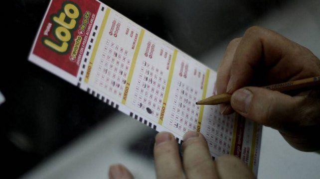 Ganó un millón de pesos en el Loto pero los perdió por no ir a cobrar el premio