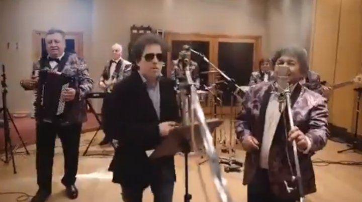 Andrés Calamaro y Los Palmeras grabaron el tema Asesina del combo santafesino.