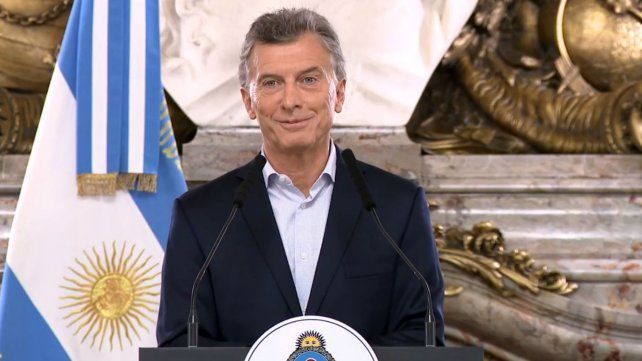 Macri anunció rebaja en cargas patronales para las economías regionales