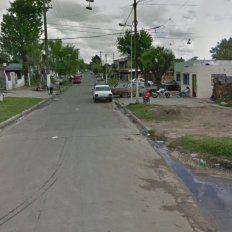 La cuadra donde estaban secuestradas la mujer, de 28 años, y su hija, de seis. Ambas viajaron desde Rosario con la promesa de una oferta laboral.