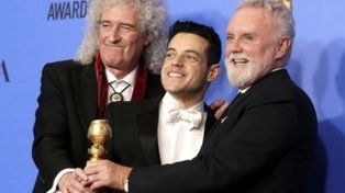 Ganadores. Brian May, Rami Malek y Roger Taylor con el Globo de Oro.
