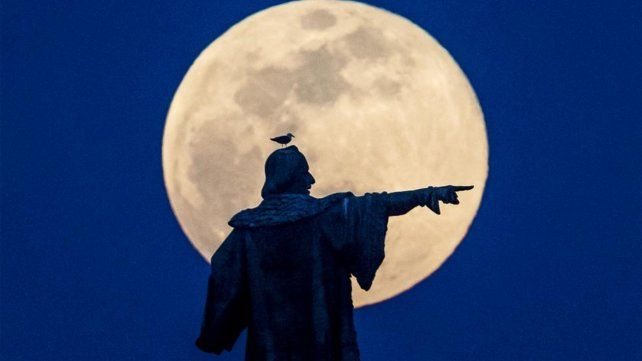 La superluna del 2019 deja imágenes para el recuerdo