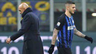 Icardi discutió con el entrenador y se negó a viajar con Inter