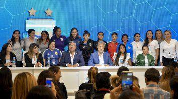 el futbol femenino argentino hace historia y se profesionaliza