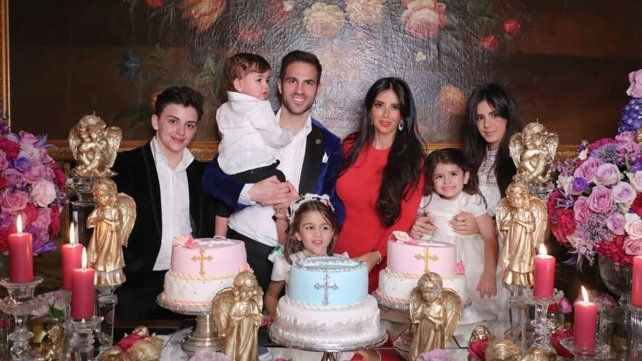 Lejos de la selección, Messi se fue al bautismo de los hijos de Fábregas