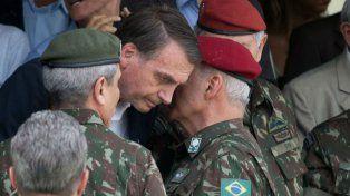 Bolsonaro ordenó a los militares a celebrar el golpe de 1964