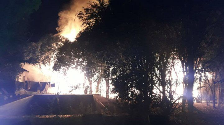 El incendio fue pavoroso en el complejo La Olla.