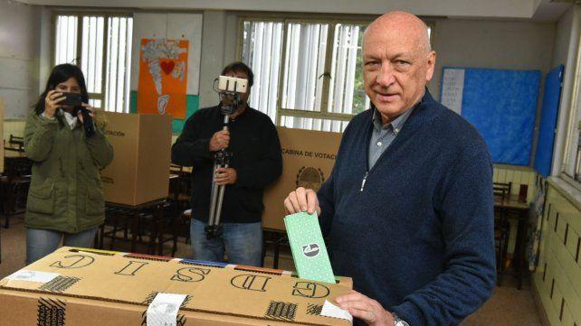 A votar. Bonfatti