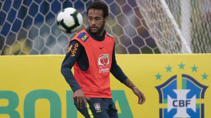 Patrocinadores de Neymar preocupados por escándalo de la acusación de violación