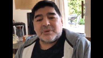 maradona filmo un video para aclarar que no se esta muriendo